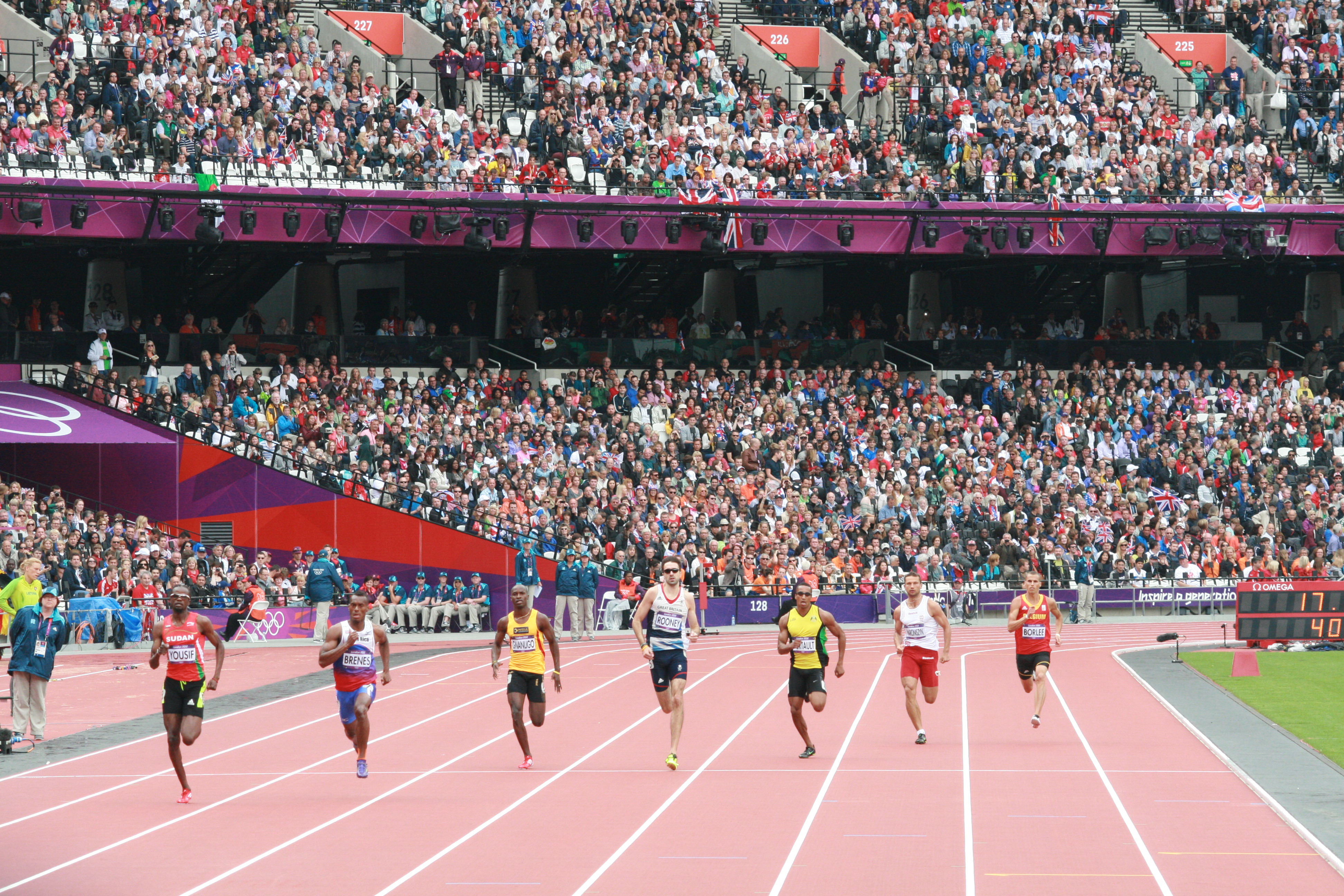 Men's 400m preliminaries - London Olympics 2012